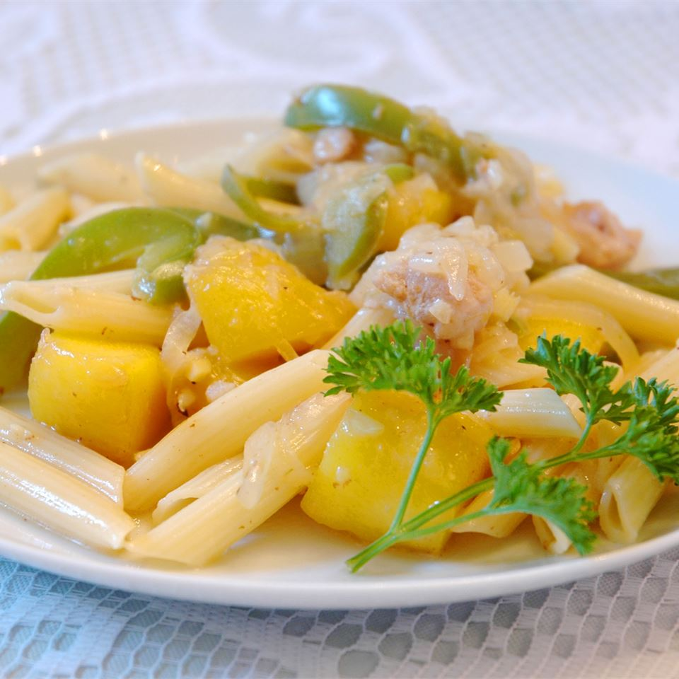 Chicken and Pasta in a Mango Cream Sauce SHAGGYDEE