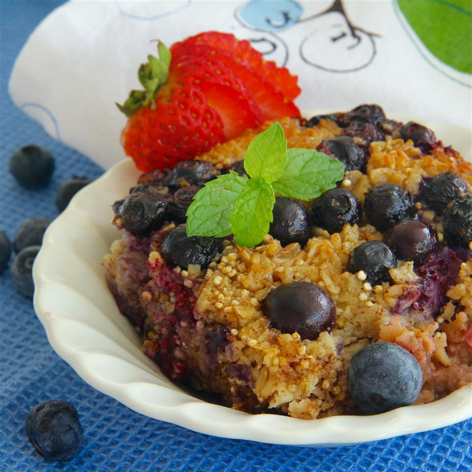 Berry Baked Oatmeal lutzflcat