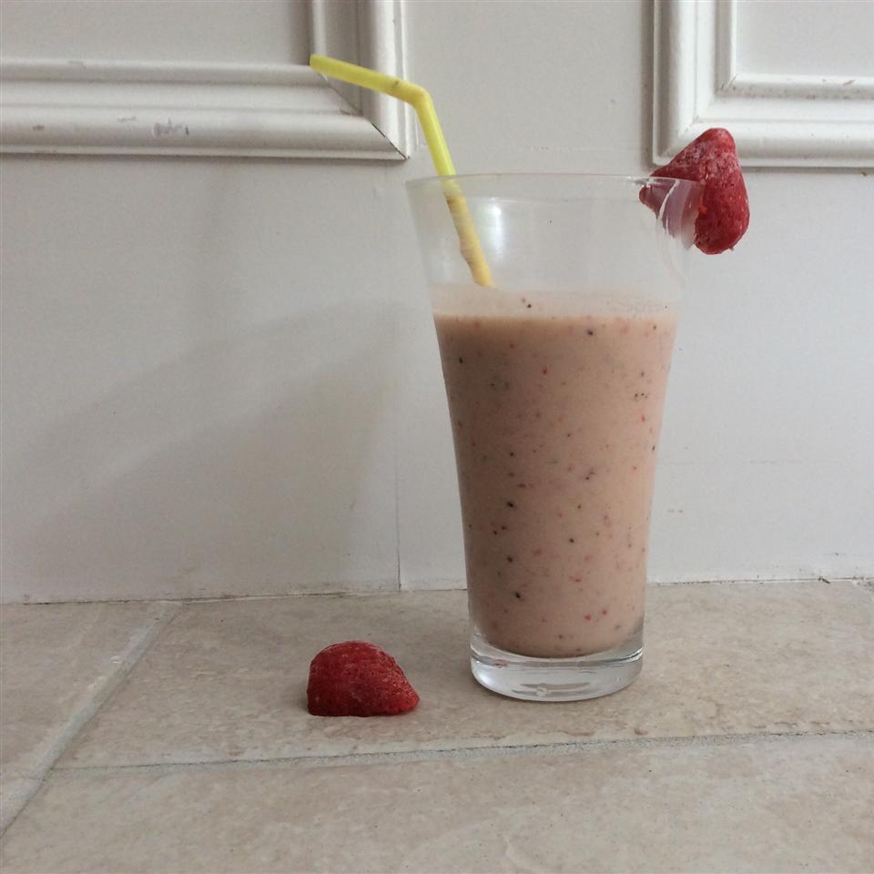 Kiwi Strawberry Smoothie