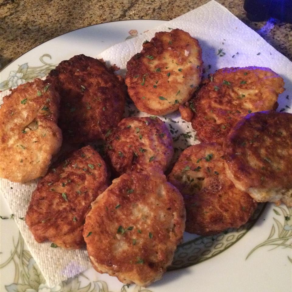 Cheesy Potato Pancakes gguadav