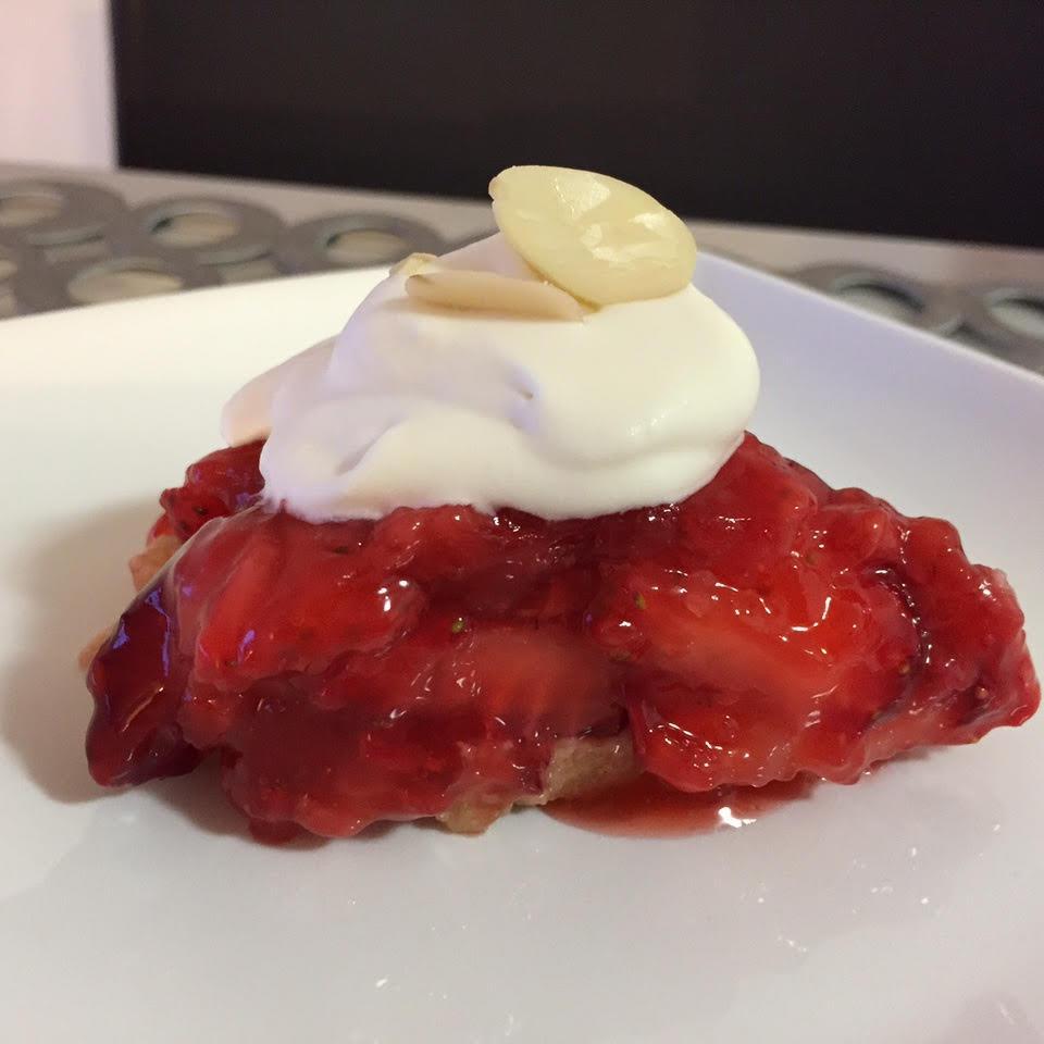 Fresh Strawberry Almond Pie