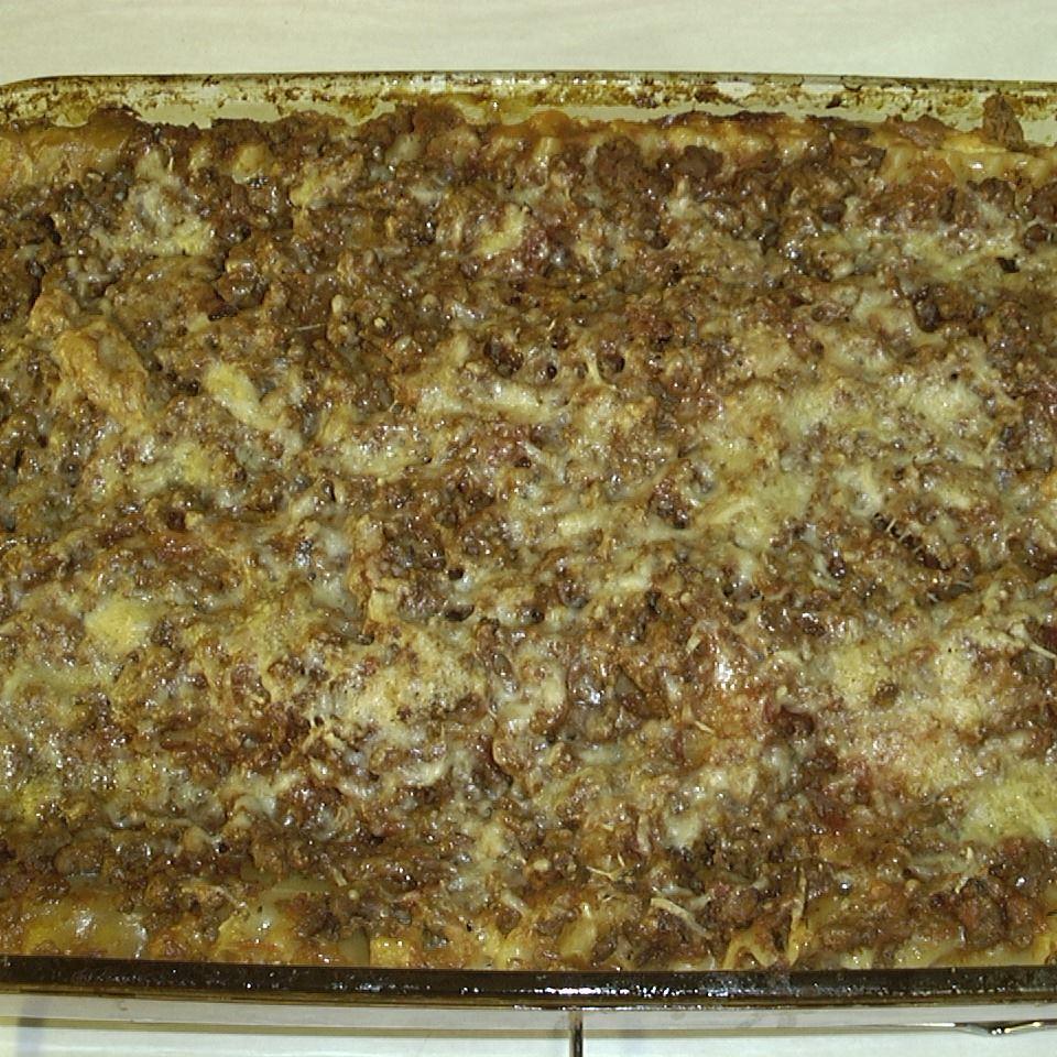 Alysia's Basic Meat Lasagna STEF T
