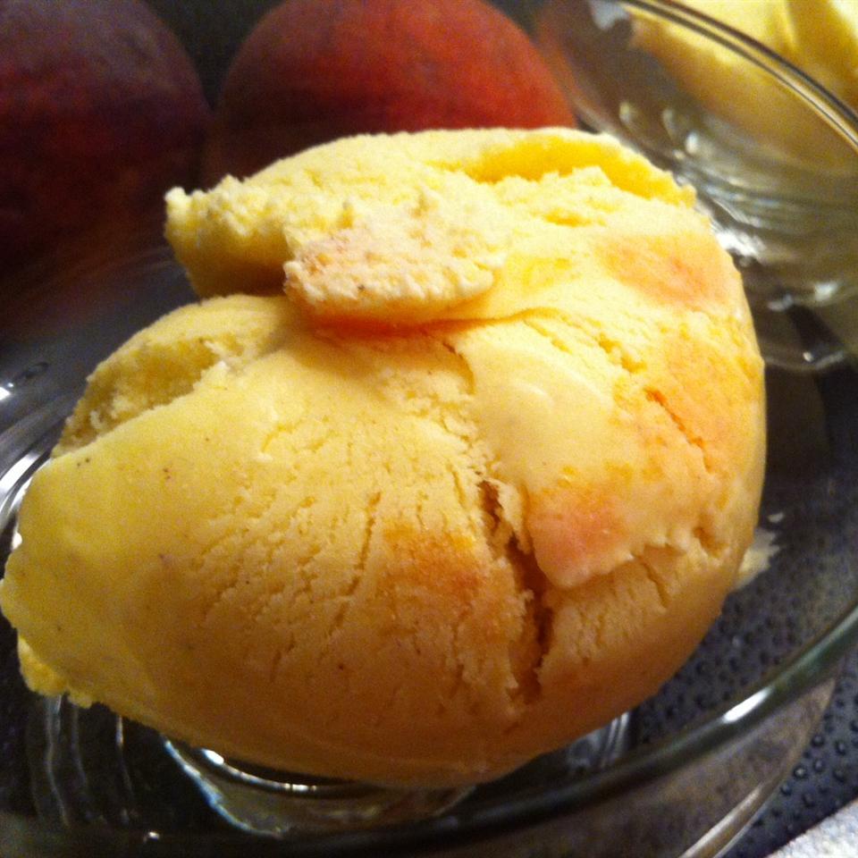 Spiced Ginger-Peach Ice Cream