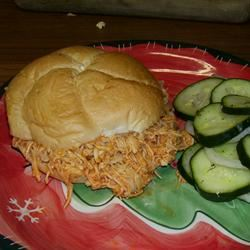 Slow Cooker Buffalo Chicken Sandwiches ROSIESTOES