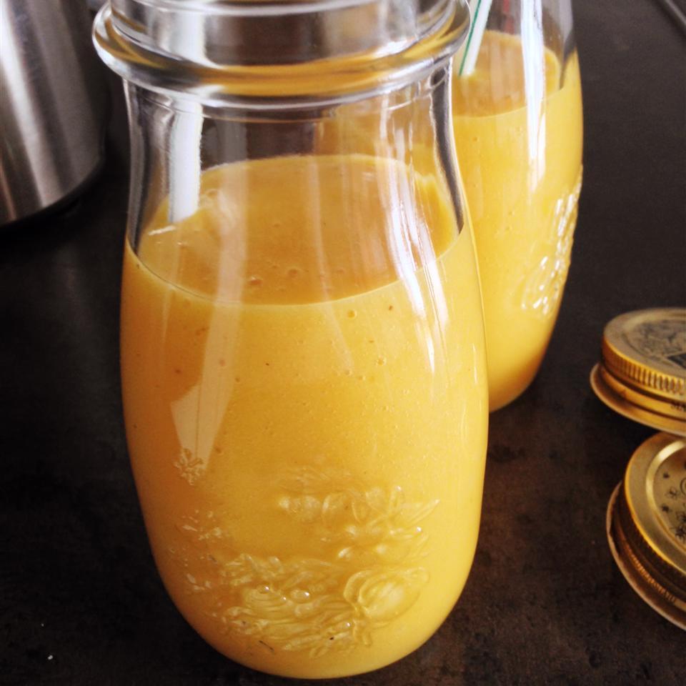 Lela's Protein Mango Smoothie