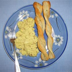 Creamy Curried Scrambled Eggs Mallinda