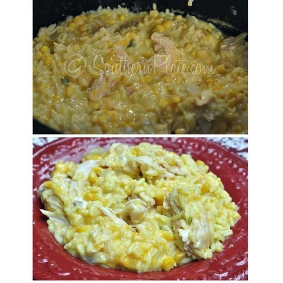 Slow Cooker Cheesy Chicken and Rice lxydn