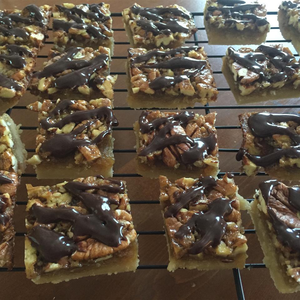 Pecan Turtles® Pie Bars michelle2465