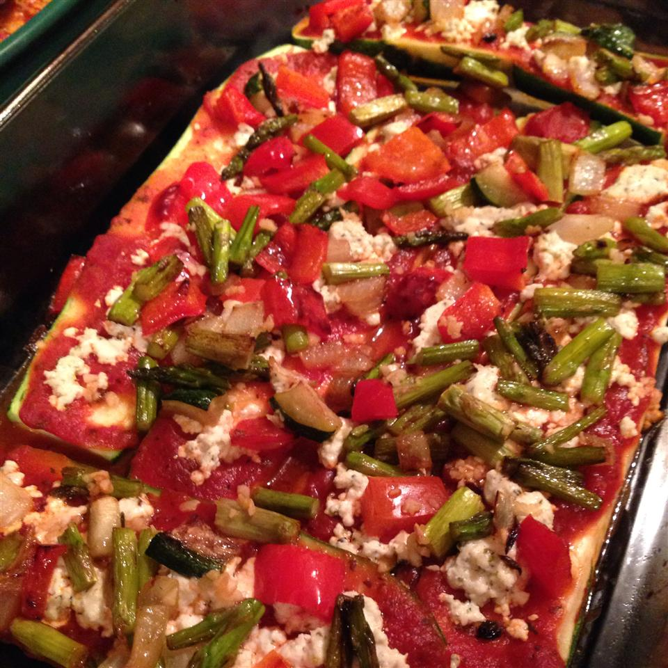 Grilled Zucchini Pizza with Goat Cheese whiteje128