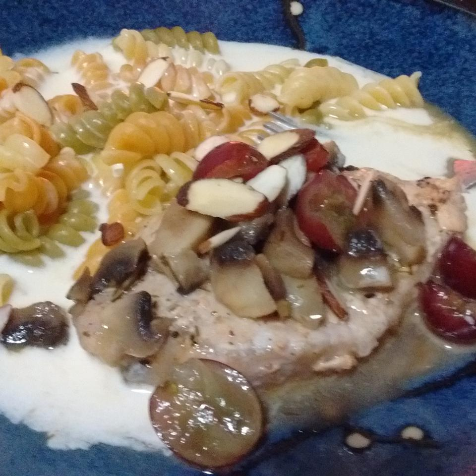 Pork Chops with Grapes and Almonds seasha