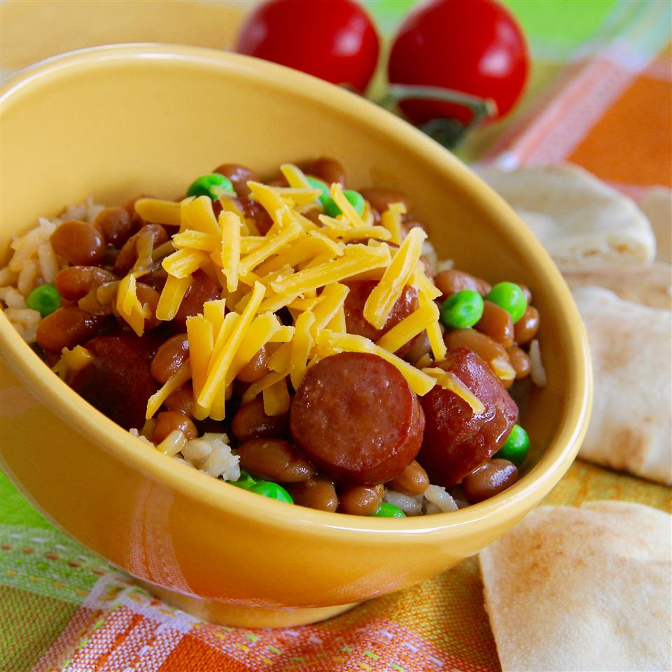 Dogs 'n' Beans Rice Bowl lutzflcat