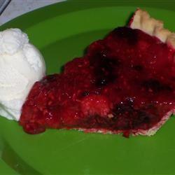 Maggie's Fresh Raspberry Pie chloeandtony