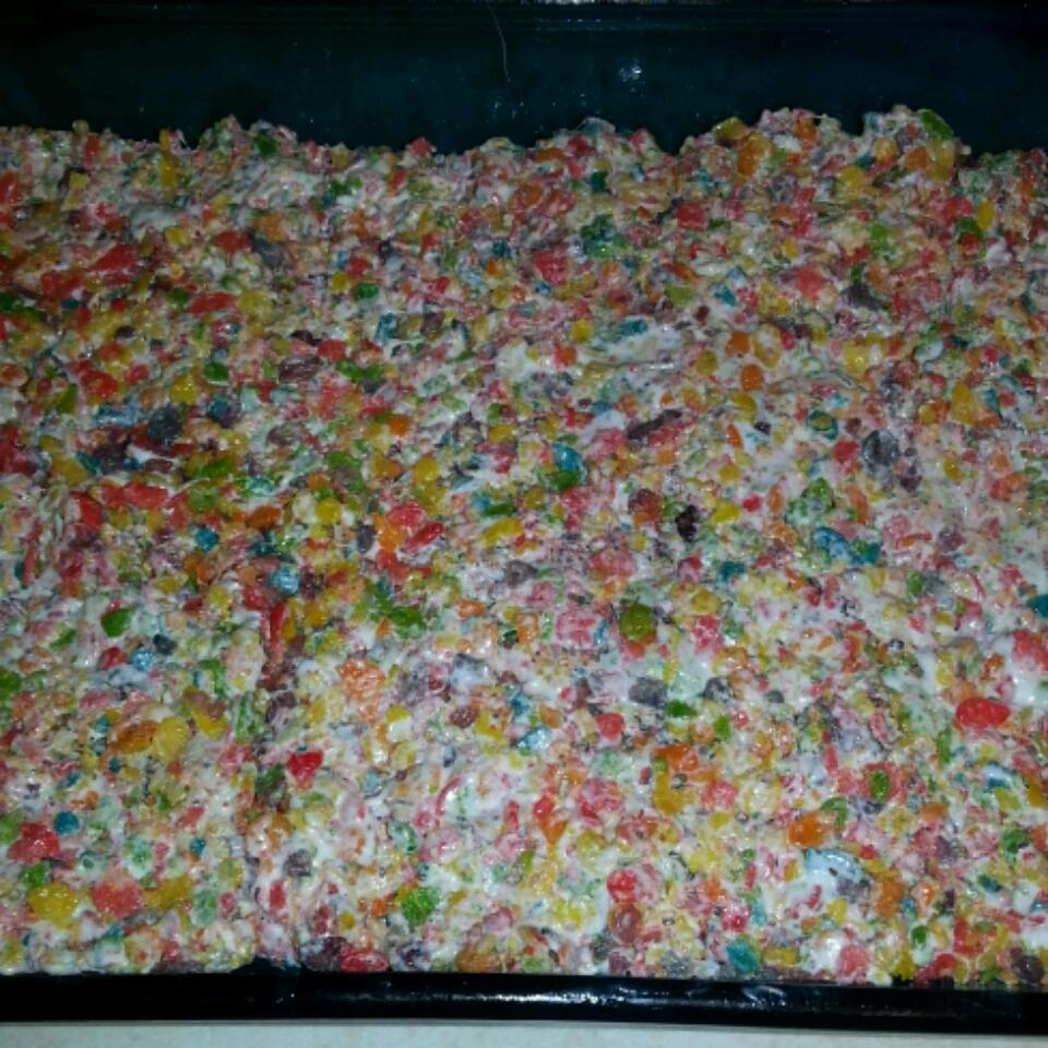 Fruity Krispy Treats evelyn