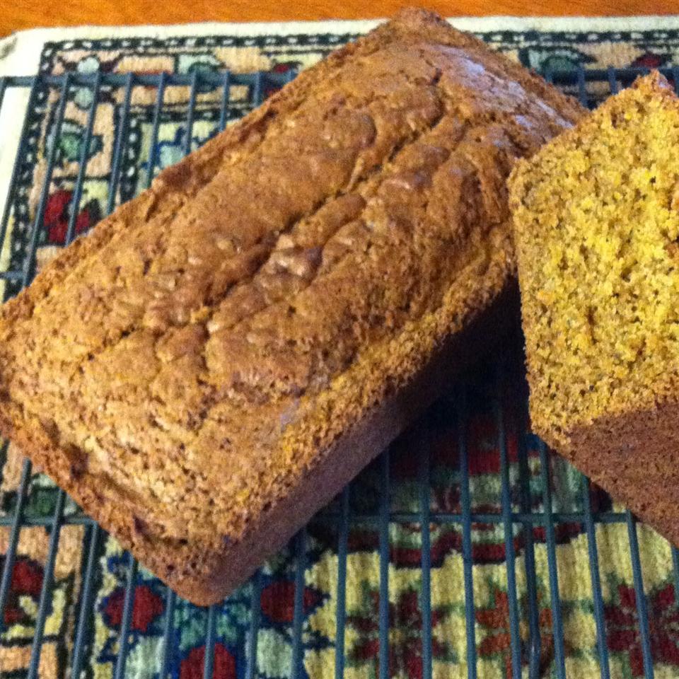 Gluten Free Zucchini Bread jeridenn