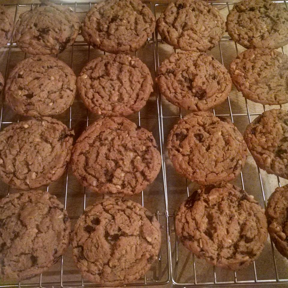 Peanut Butter Cookies with Chocolate Chunks
