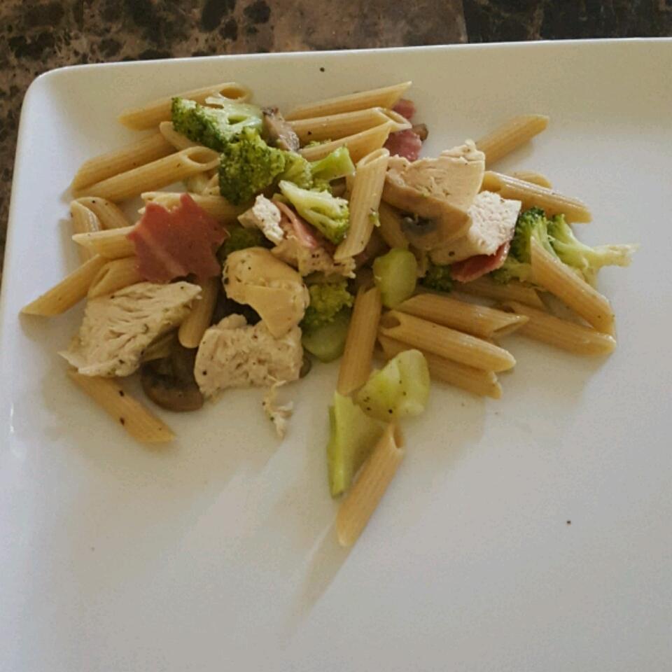 Spaghetti with Broccoli and Chicken David Michael