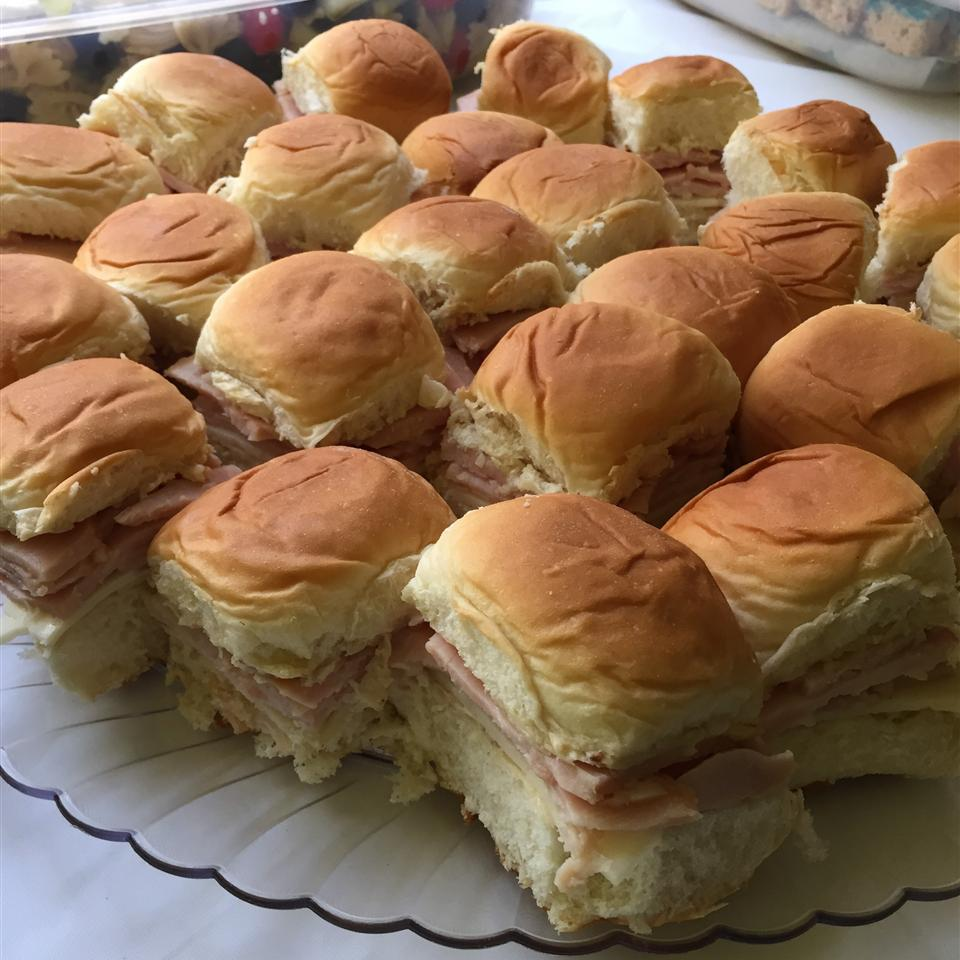 Easy Ham and Cheese Appetizer Sandwiches gammaray (=
