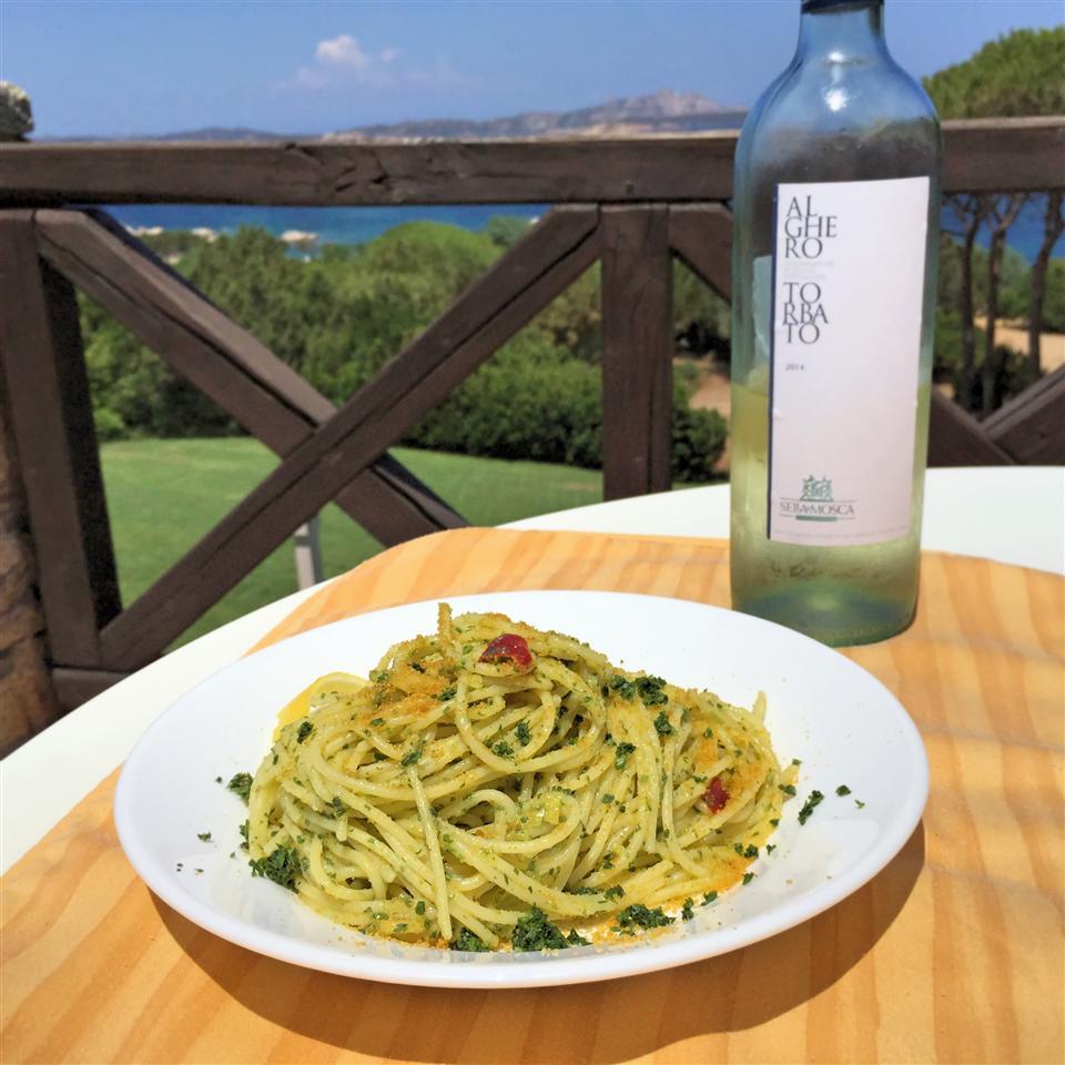 Spaghetti Aglio, Olio, e Peperoncino con Bottarga