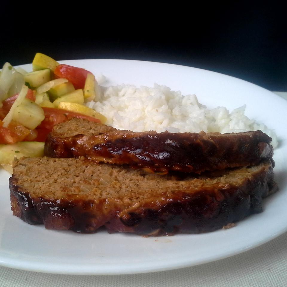 Tasty Turkey Meatloaf With Sauce