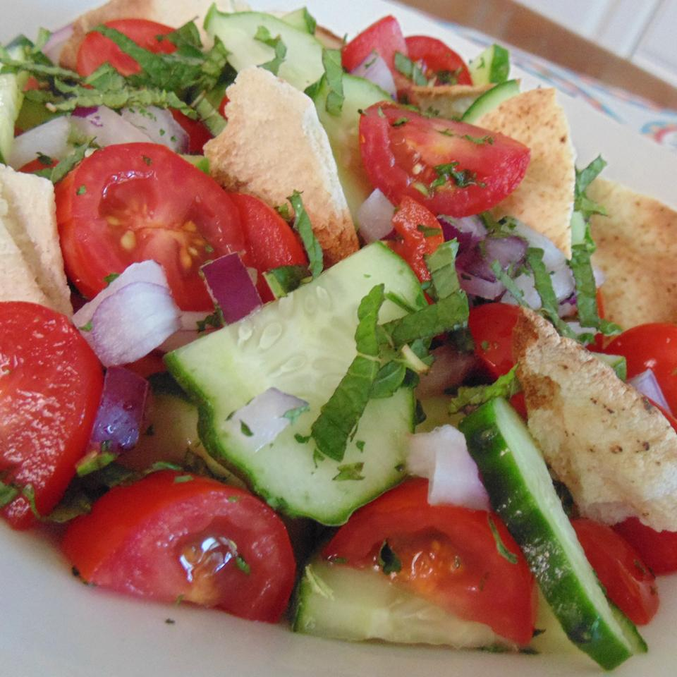 This version of the famous Lebanese salad uses toasted pita bread instead of pan-fried. It's a delicious dish that's easy to assemble in just 15 minutes. The dressing is flavored with sumac, which you should be able to find in larger supermarkets and Middle Eastern grocery stores. If you can't find it, try adding 1 tablespoon grated lemon zest instead.