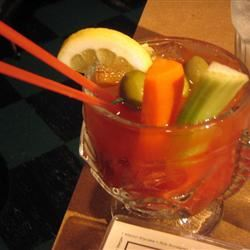 Spicy Red Snapper (Bloody Mary with Gin) Sandori