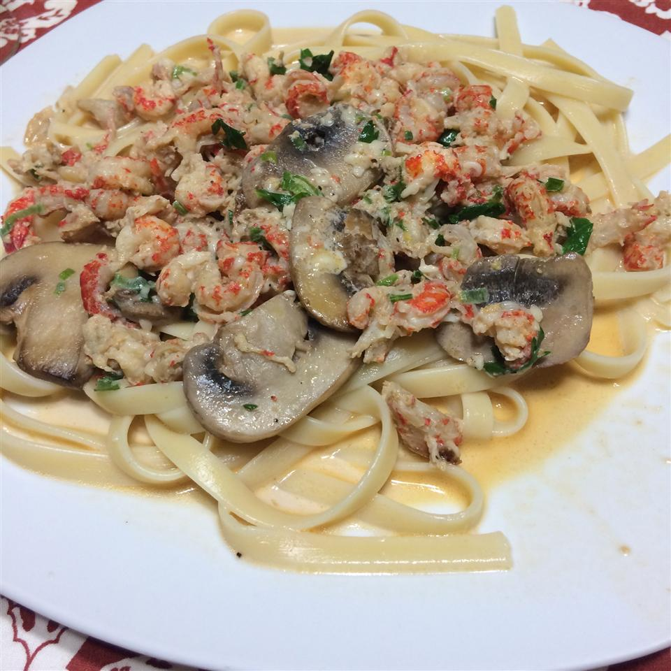 Crawfish Linguine Rocio Hurtado