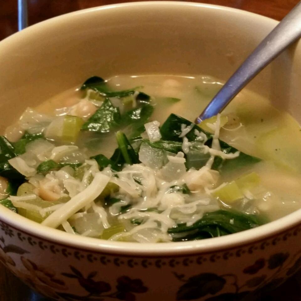 Beans, Greens and Garlic Soup Elvira Silva