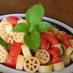 Tomato Spiral Toss gapch1026