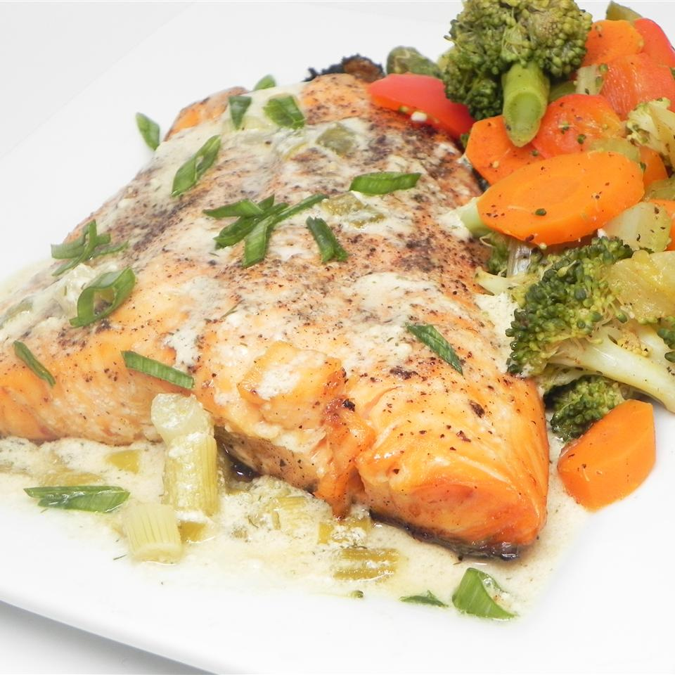 Salmon with Creamy Dill Sauce from Swanson® Soup Loving Nicole