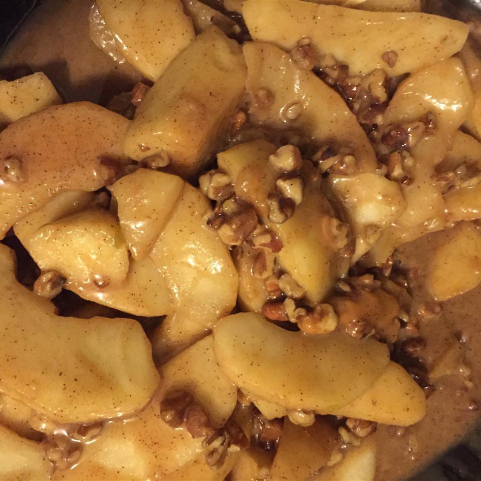 Toffee and Cinnamon Apples Robert Thomas Mantilla
