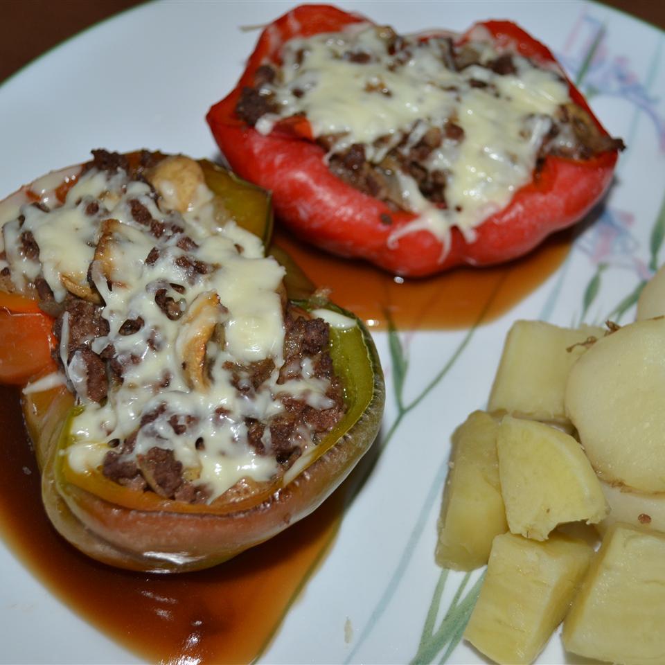 Beef and Mushroom Stuffed Peppers Lesley Egden