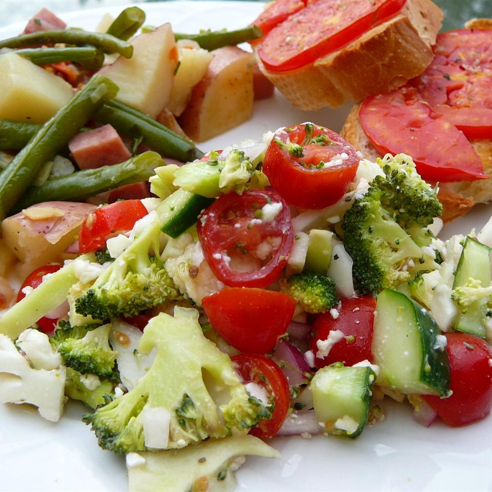 Greek Veggie Salad Molly
