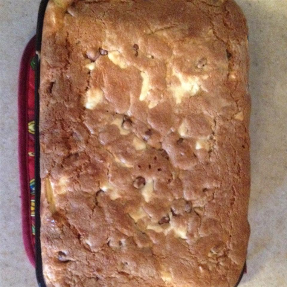 Chocolate Chip Cheesecake Brownies alicia