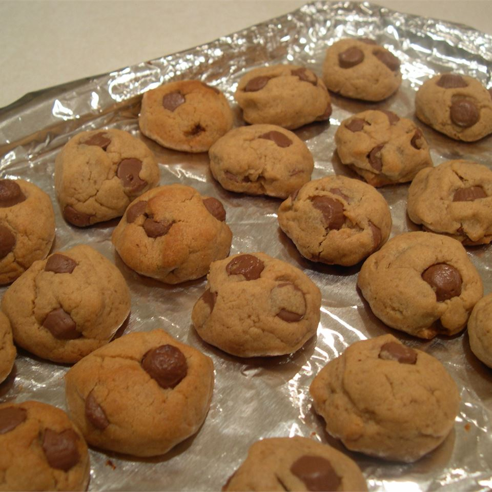 Delicious Peanut Butter Cookies stella