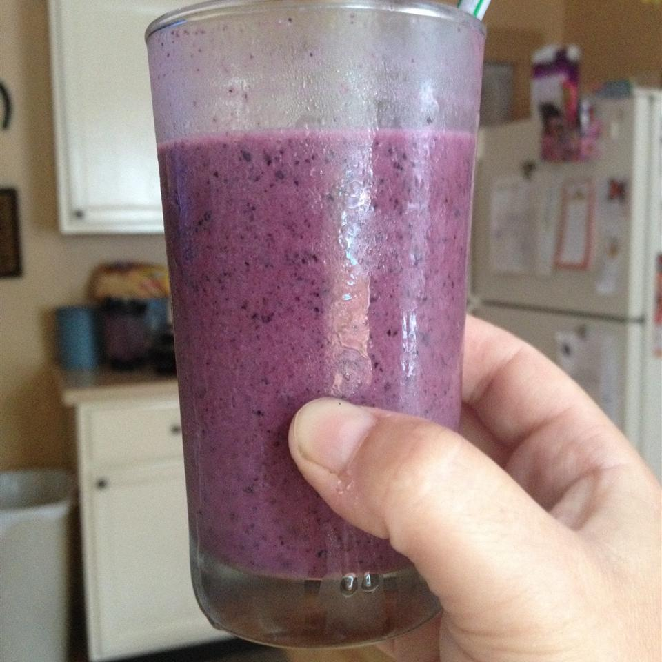 Healthy Blueberry Breakfast Smoothie Molly Mulei