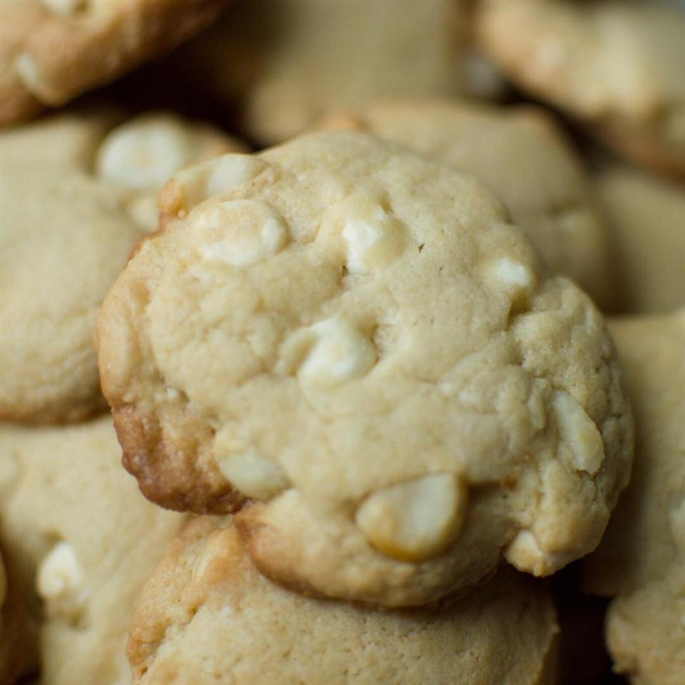 White Chocolate Macadamia Nut Cookies III Cooking Monster Bryan