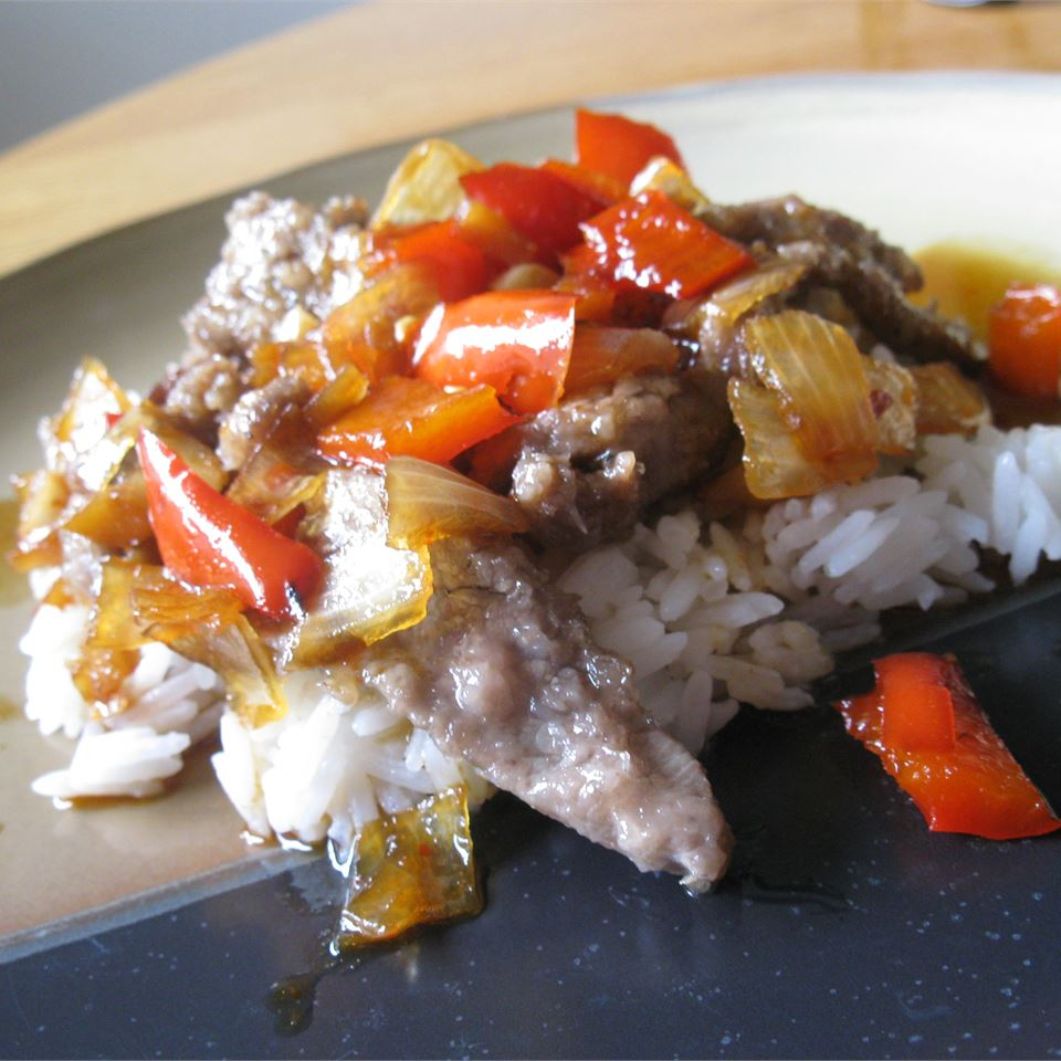 Spicy Crispy Beef mommyluvs2cook