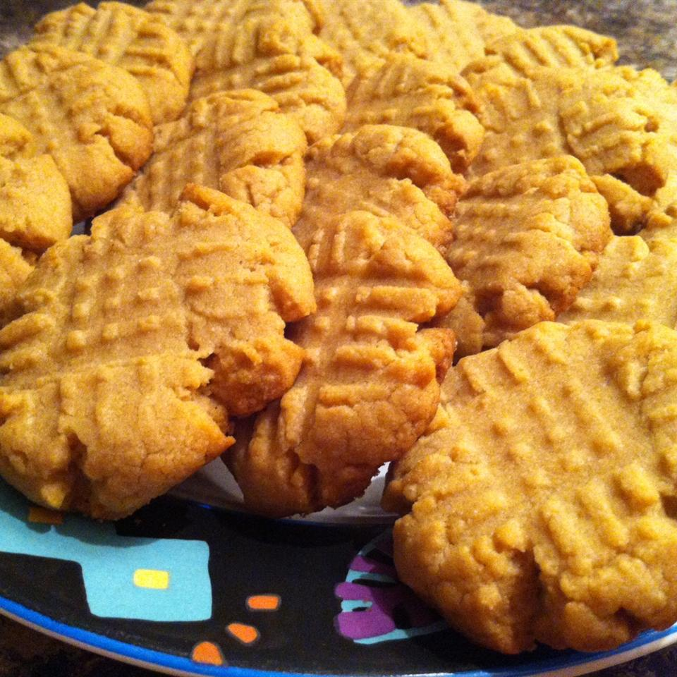 Peanut Butter and Amaranth Cookies