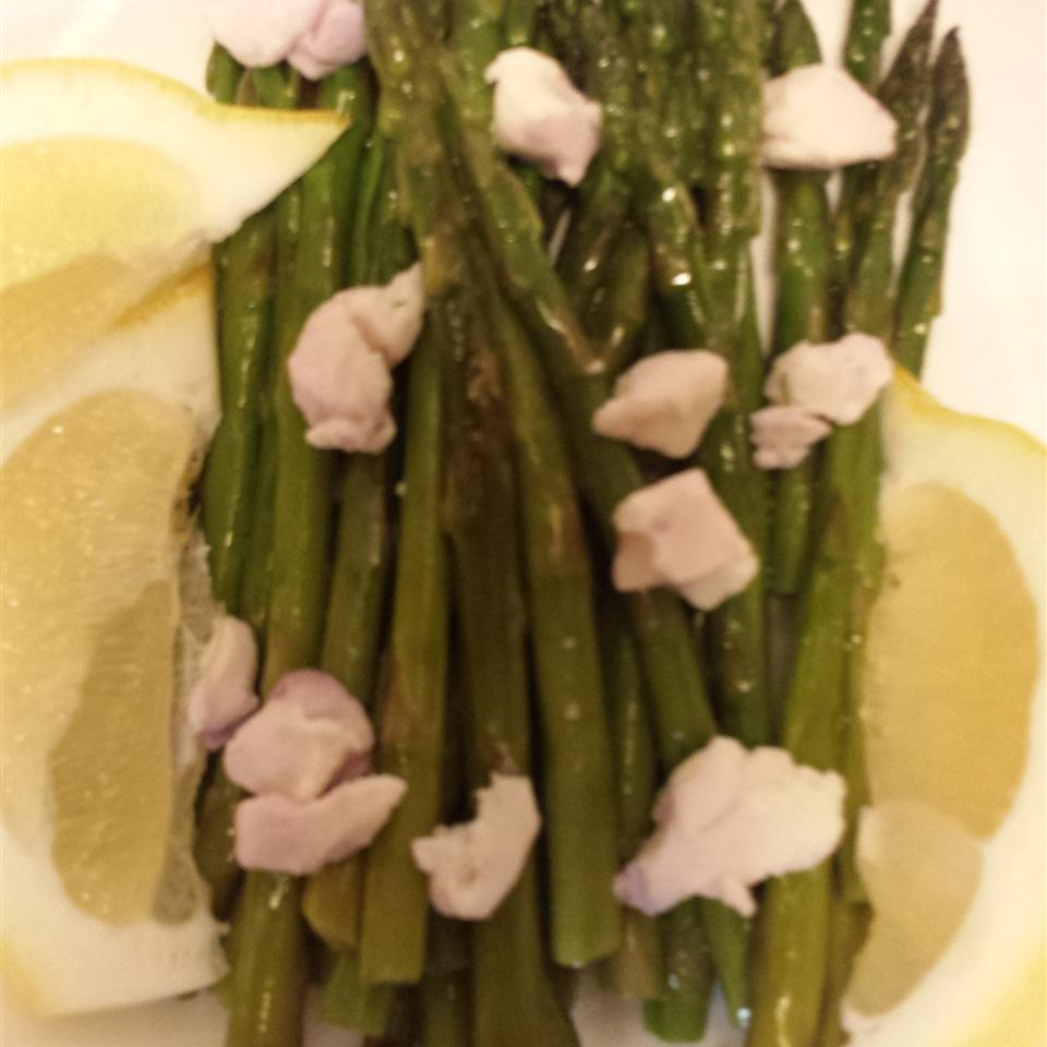 Roasted Asparagus with Lemon and Goat Cheese Swanson®