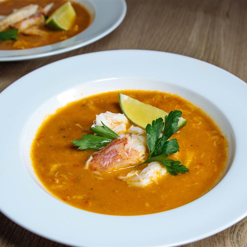Chilapachole (Spicy Tomato Crab Soup)