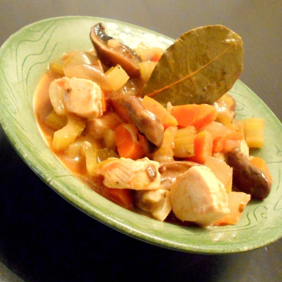 Healthier Chicken Vegetable Stew ONIOND