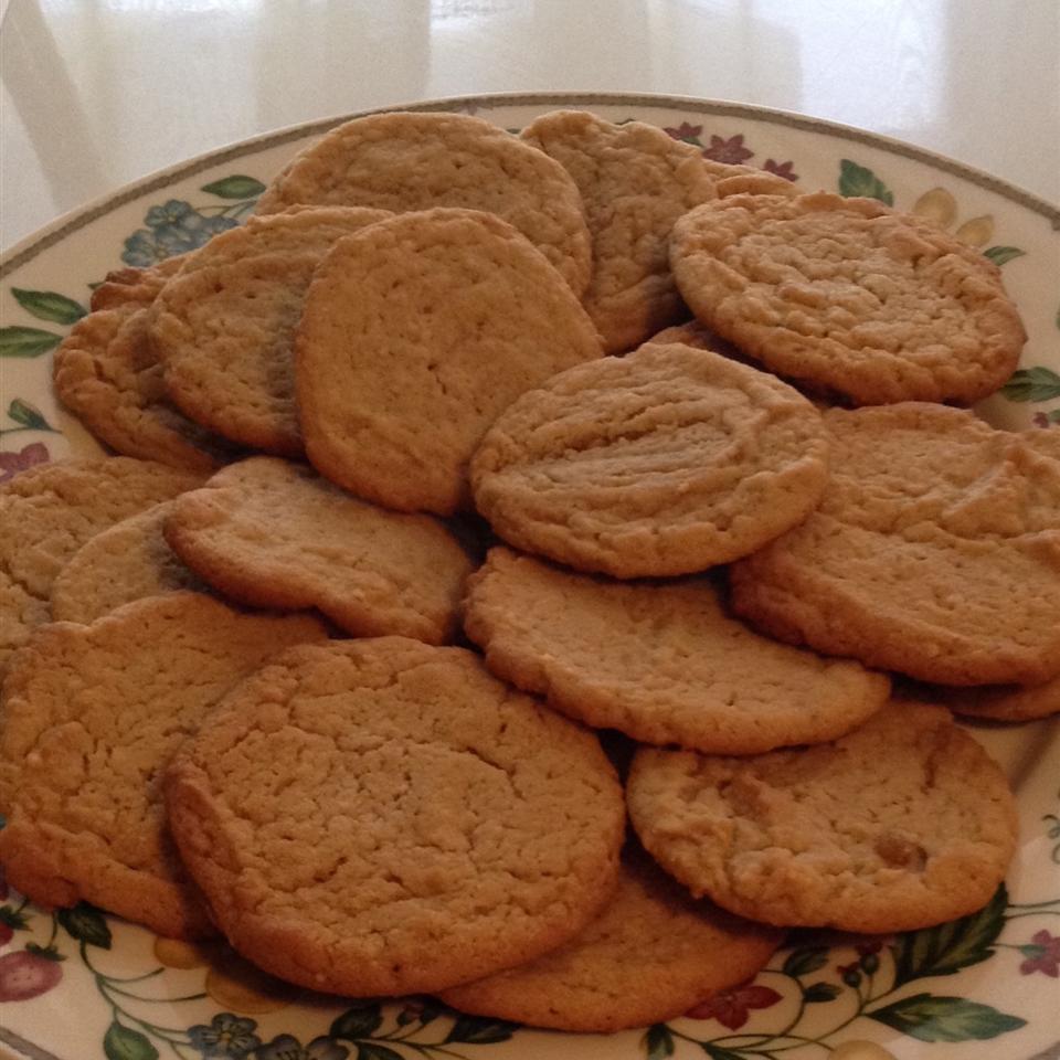 Perfect Gluten-Free Peanut Butter Cookies kay long