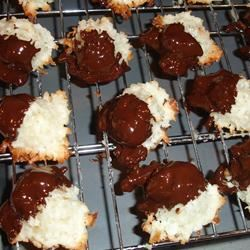 BAKER'S® ONE BOWL Coconut Macaroons tinahead