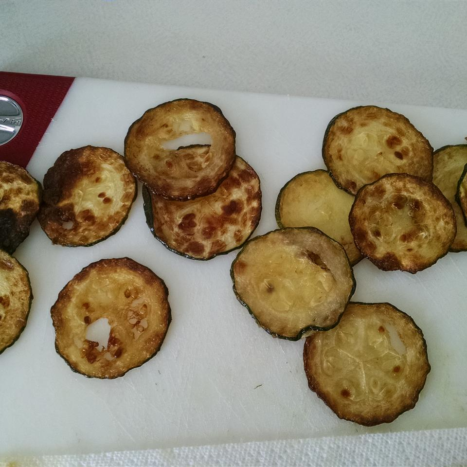 Easy Baked Zucchini Chips