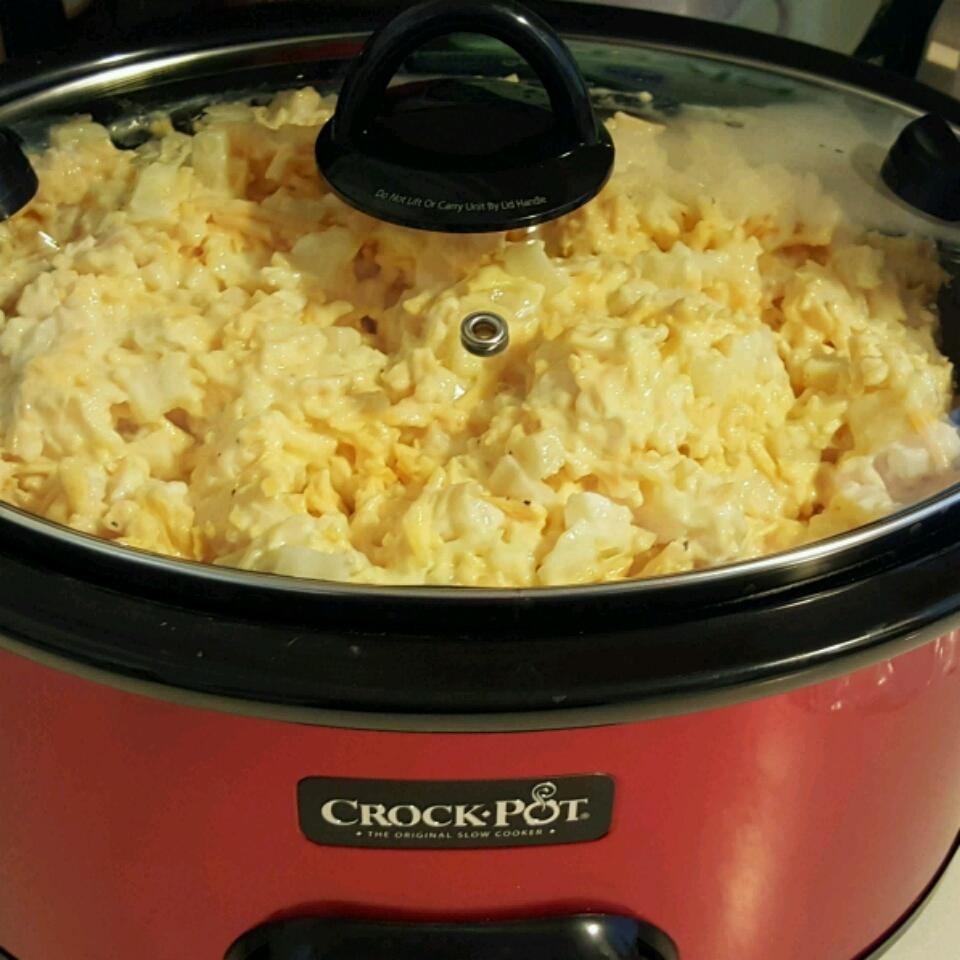 Easy Slow Cooker Cheesy Potatoes