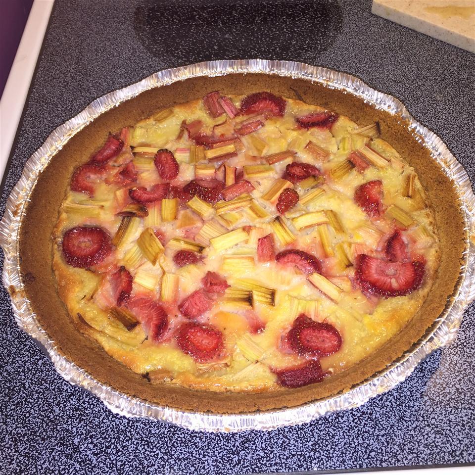 Grammy's Favorite Rhubarb Custard Pie rob