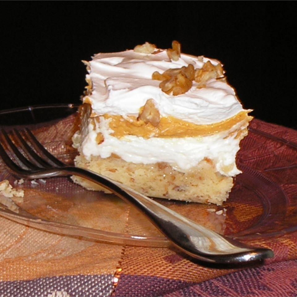Pumpkin Cheesecake with Pecan Crust