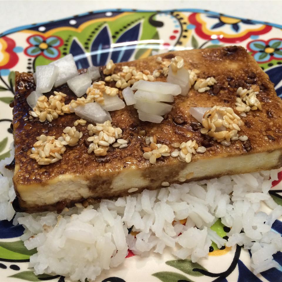 Sesame Seed Baked Tofu Burgz
