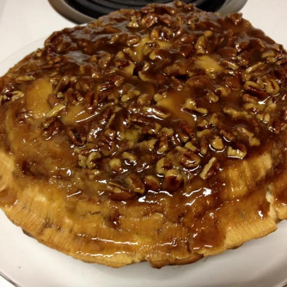Upside Down Caramel Apple Pie Amanda