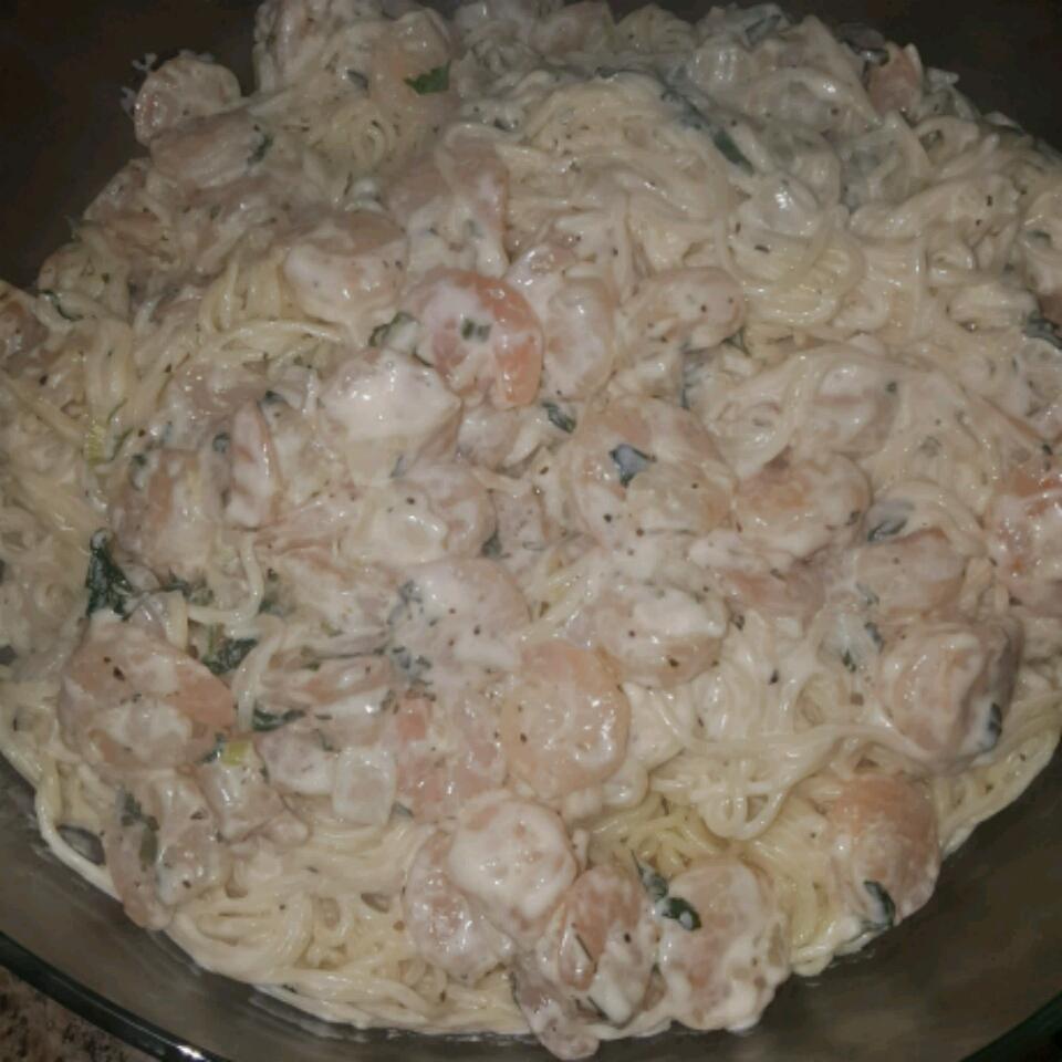 Shrimp Alfredo Pasta Saghi